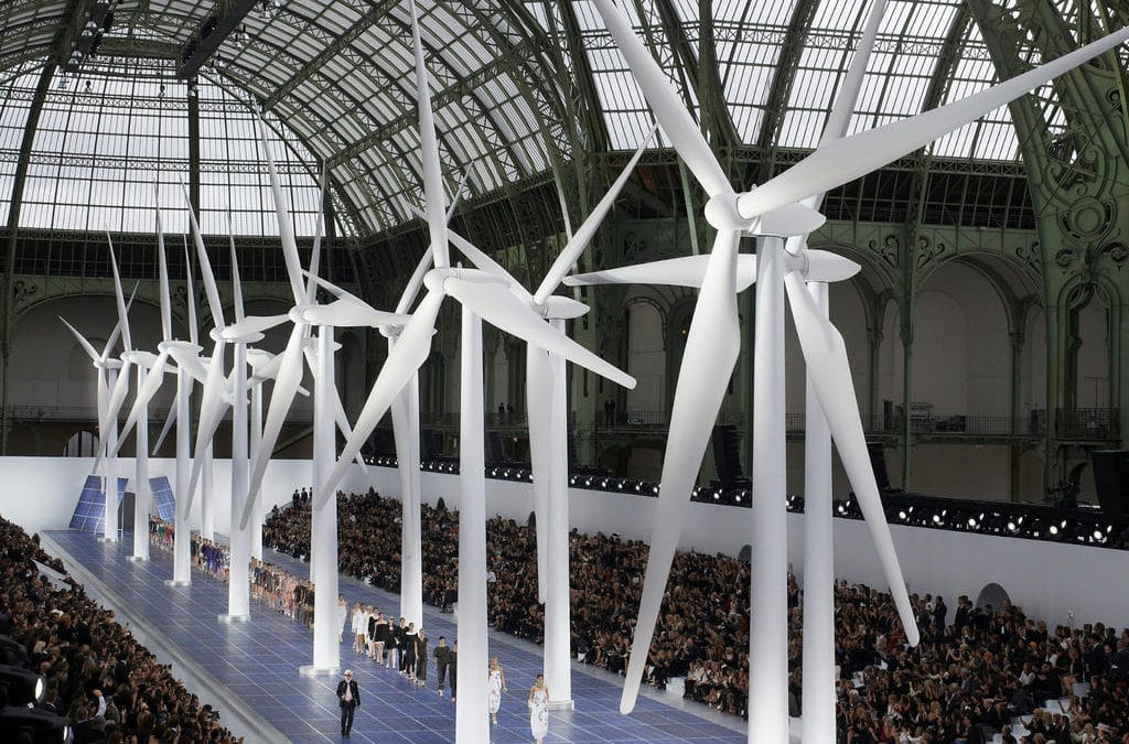CHANEL WINDMILL SHOW 1
